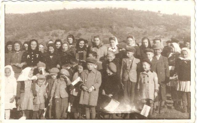 Dvorniky 1946 zvony 2
