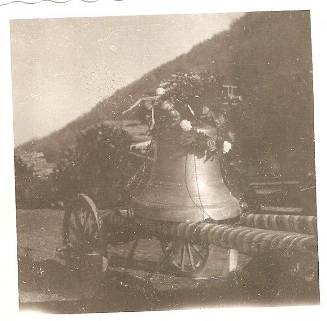 Dvorniky 1946 zvony 5