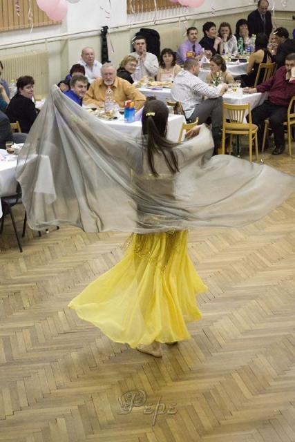 Zuzana nám predviedla brušné tance