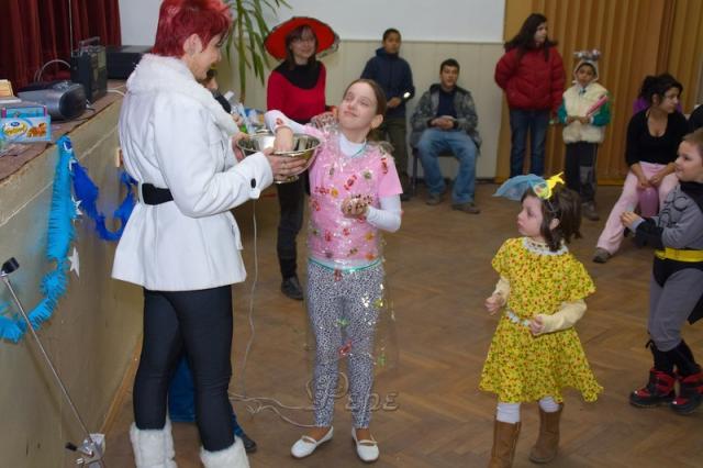 Karneval deti 66